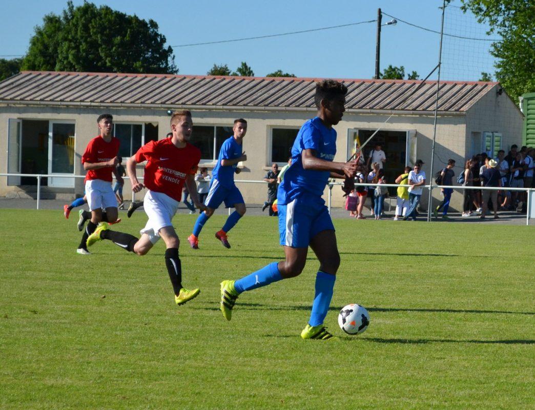 Finale Coupe de Vendée U19 - Vendée Fontenay Foot 2017 (23)